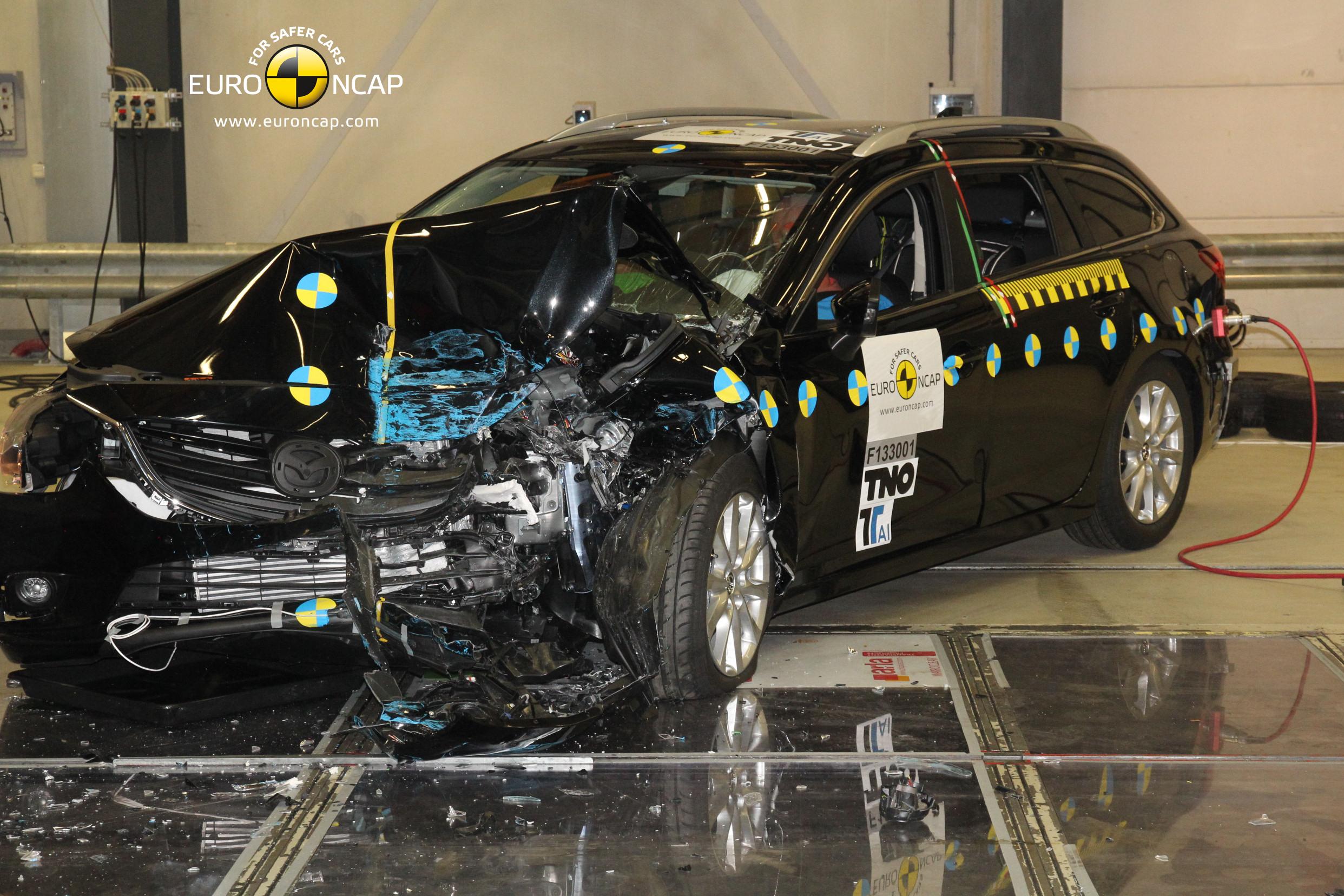 Mazda_6_frontal