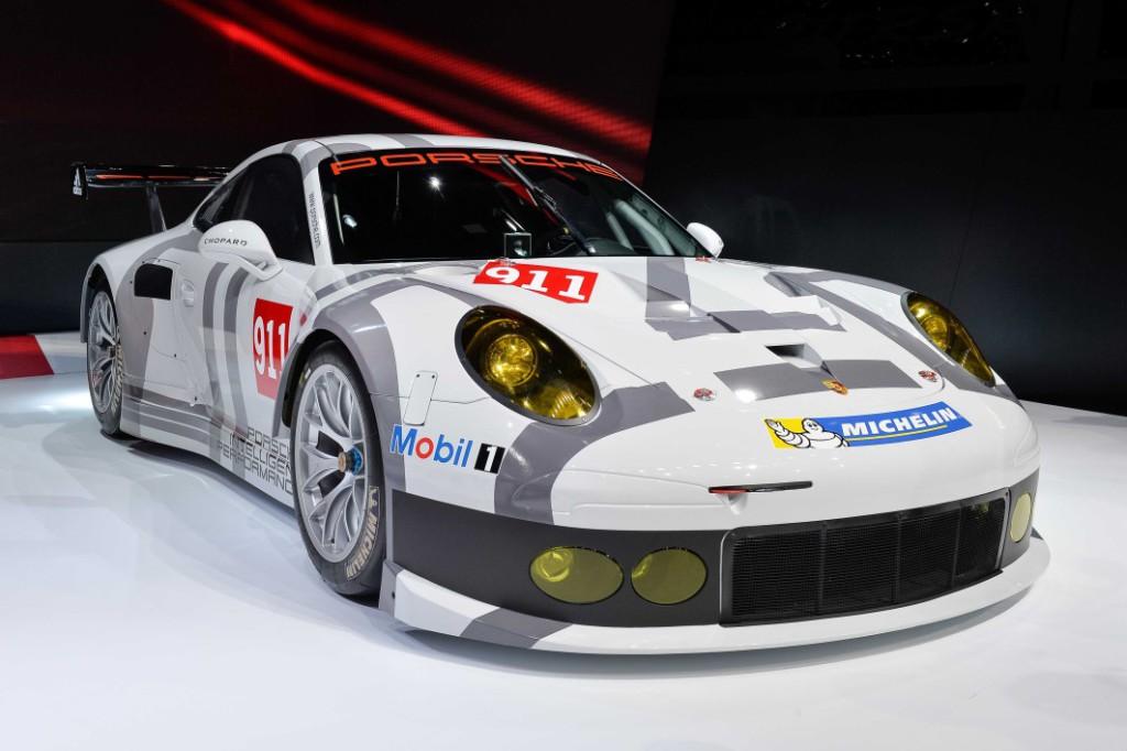 Porsche 911 RSR-